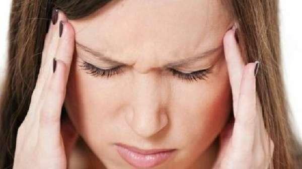 Какое давление при боли в висках: что делать, причины