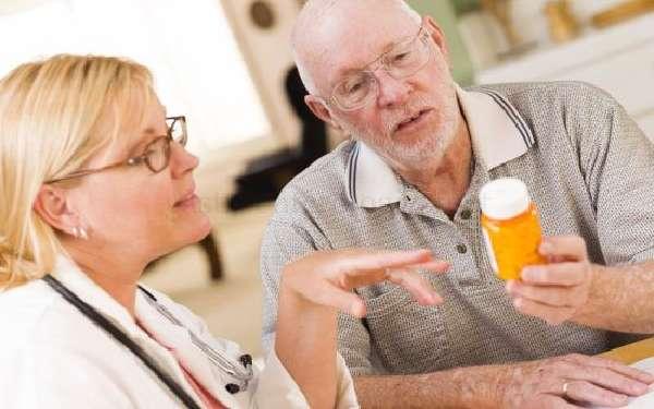 Врач рассказывает про таблетки