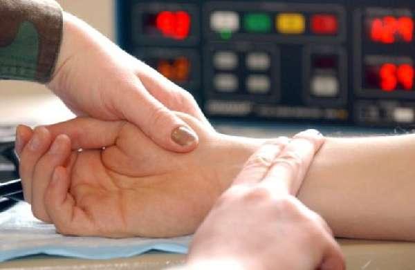 Высокий пульс при нормальном давлении что делать