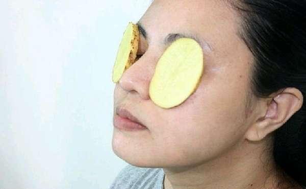 Сырой картофель на глазах