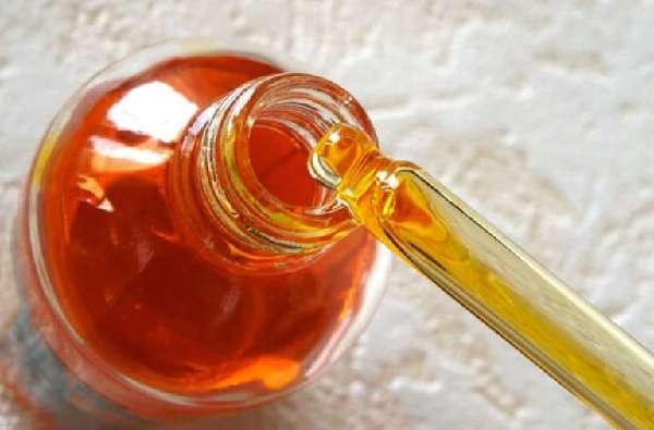 Касторовое масло в пипетке