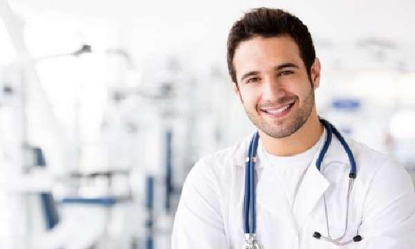 Консультация у врача при гайморите
